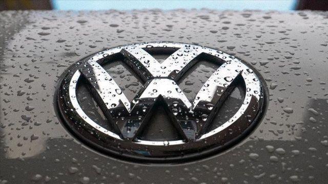 Volkswagen, Alman fabrikalarında üretimin askıda kalma sürecini 9 Nisan'a uzattı