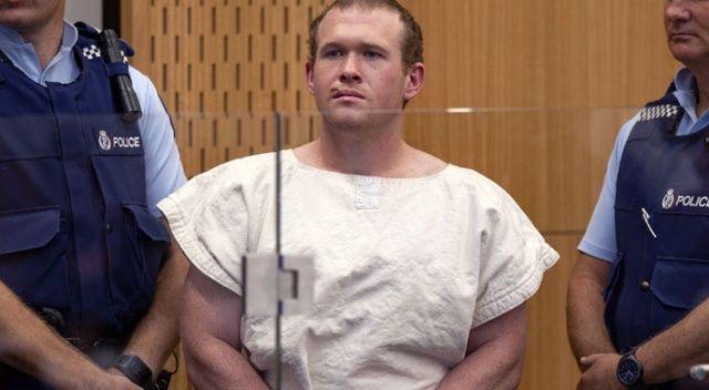 Yeni Zelanda'daki camilerde 51 kişiyi öldüren terörist suçlamaları kabul etti