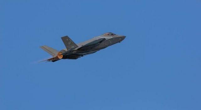 Amerikan F35 savaş uçakları Filipin Denizi'nde eğitim uçuşu yaptı