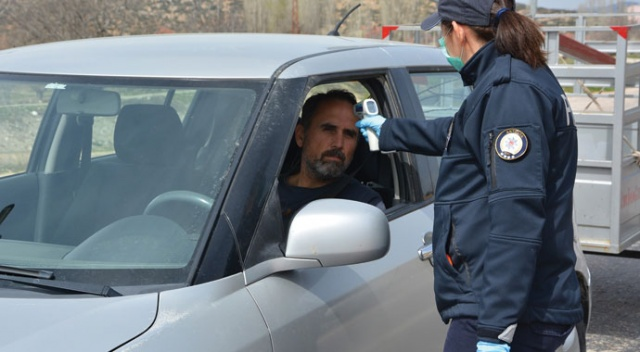 Antalya sınırında kontrole giren ateşi yüksek sürücü kontrol amaçlı hastaneye sevk edildi