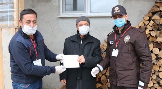 Arabasını ve deposunu satan yaşlı adam 45 bin lira bağış yaptı