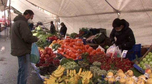 Bakırköy pazarında korona virüs tedbirlerine uyuluyor