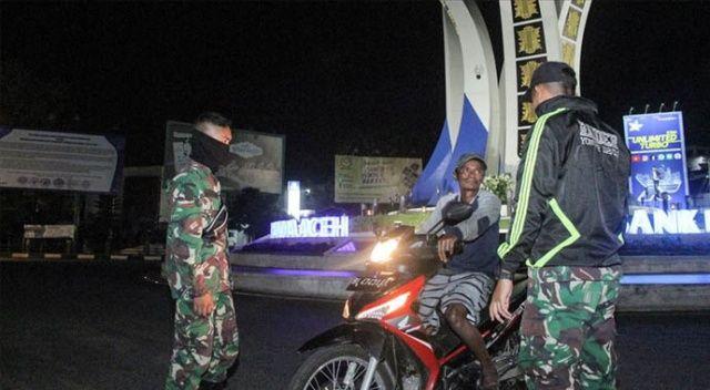 Endonezya'da 'bir günde en fazla Covid-19 vaka artışı' görüldü
