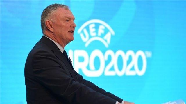 İngiltere Futbol Federasyonu Başkanı Clarke: Bu sezonu bitiremeyebiliriz