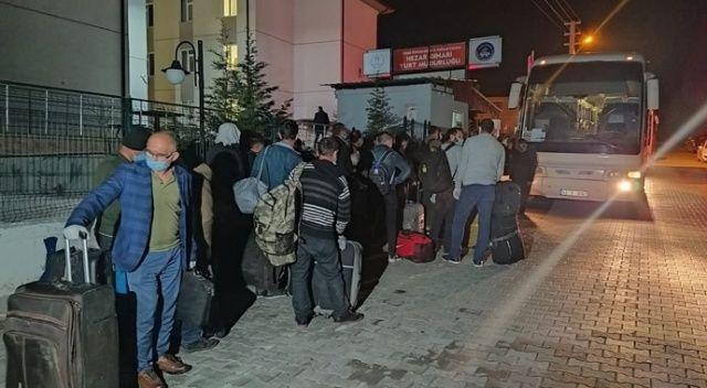 Irak'tan getirilen 334 Türk işçi Kütahya'daki yurtlara yerleştirildi