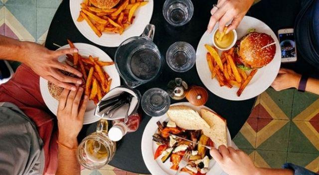 Korona günlerinde aşırı yeme isteğine dikkat!