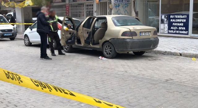 Kuşadası'nda kuzenlere silahlı saldırı: 1 ölü, 1 yaralı