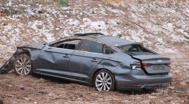 Otomobil şarampole uçtu 4 yaralı