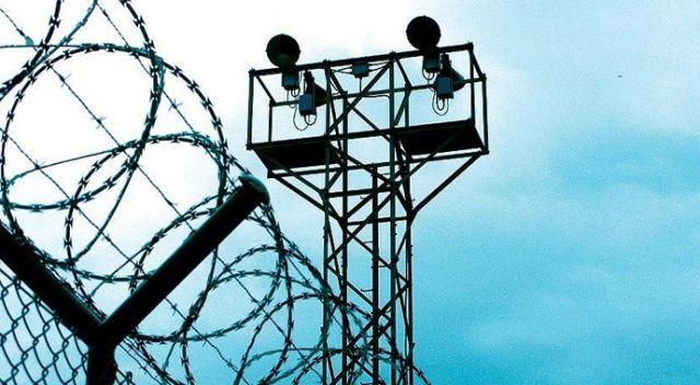 Pakistan'da koronavirüs cezaevlerine sıçradı