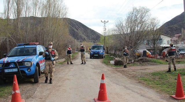 Sivas'ta karantinadaki köyden ayrılan 2 kişiye para cezası