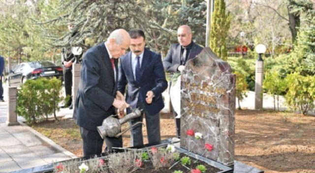 Türkeş dualarla yâd edildi