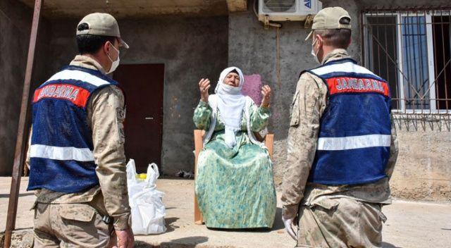 Yardım elini en ücra köylere ulaştırıyorlar