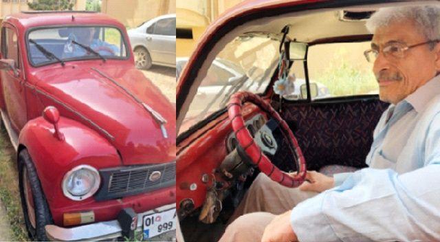 1951 model Topolino'sunu gözünden  sakınıyor