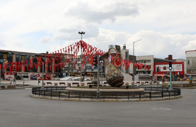 4 günlük kısıtlamanın ilk gününde Erzincan boş kaldı
