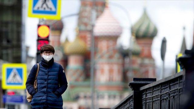 ABD Covid-19 salgınıyla mücadele için Rusya'ya 200 solunum cihazı bağışlayacak