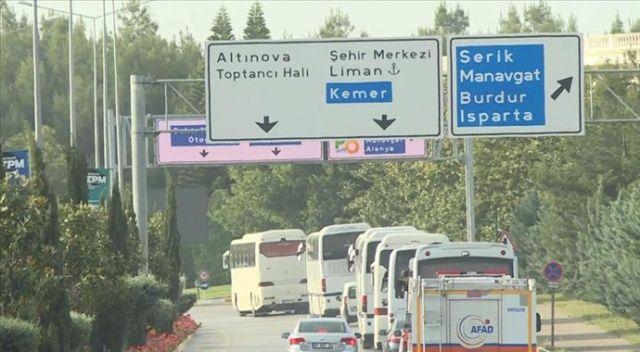 ABD'den 349 Türk vatandaşı uçakla Antalya'ya getirildi