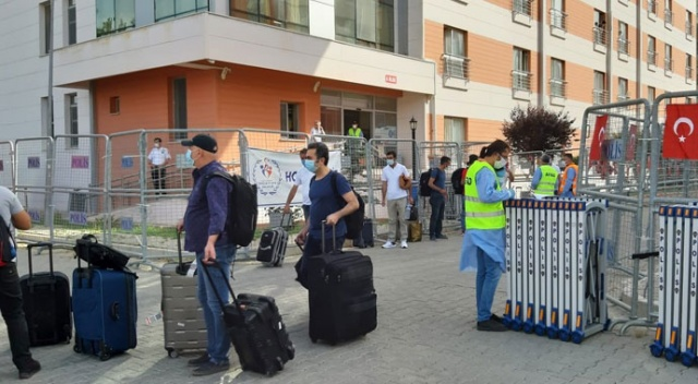 Adana'da yurtta karantina süresi dolan 179 kişi evlerine gönderildi