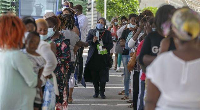 Afrika'da 1000 sağlık çalışanı Covid-19'a yakalandı