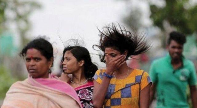 Amphan Kasırgası, Hindistan ve Bangladeş'i vurdu: 14 ölü