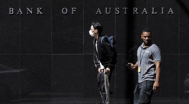 Avustralya'da Covid-19'dan hayatını kaybedenlerin sayısı 100'e çıktı