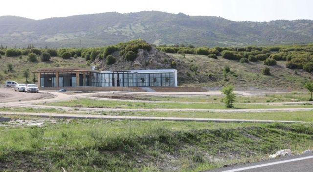 Burdur Valisi: 'Lavanta ile Salda Gölü birleşecek'