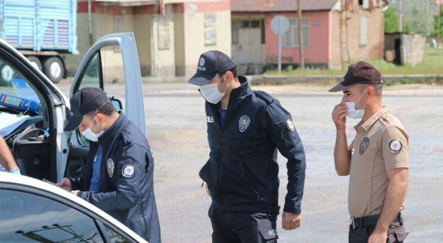 Elazığ'da sokağa çıkma kısıtlamasını ihlal edenlere 53 bin TL ceza