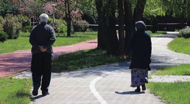 İçişleri Bakanlığı duyurdu! İşte 65 yaş üstü vatandaşlar için seyahat izninin detayları