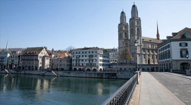 İsviçre komşuları Almanya, Fransa ve Avusturya ile sınırlarını yeniden açıyor