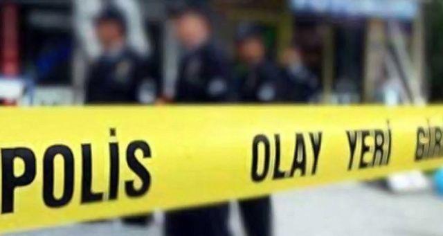 Manisa'da sokağa çıkma kısıtlamasında kaza yapan sürücü aracını terk etti