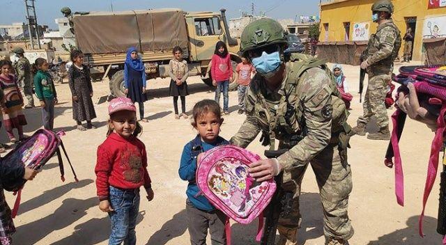 MSB'den Barış Pınarı bölgesindeki çocuklara yardım eli