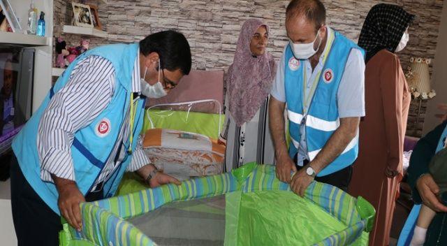 Pandemi döneminde yeni doğum yapan annelere bebek seti