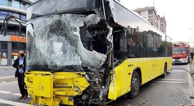 Pendik'te İETT otobüsü ile sulama tankeri çarpıştı: 9 yaralı