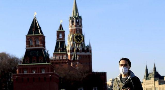 Rusya'da Covid-19 vaka sayısı 326 bini aştı
