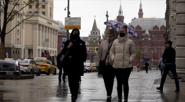 Rusya'da Covid-19 vaka sayısı 335 bini aştı