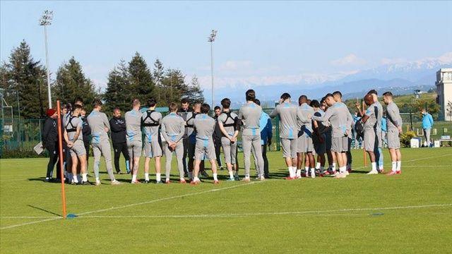 Trabzonspor'da teknik heyet ve sporcular dördüncü kez Covid-19 testinden geçti