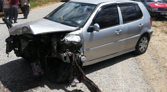 2 otomobilin çarpıştığı kazada 5 kişi yaralandı