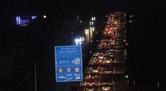 43 ilin bağlantı noktasında trafik yoğunluğu