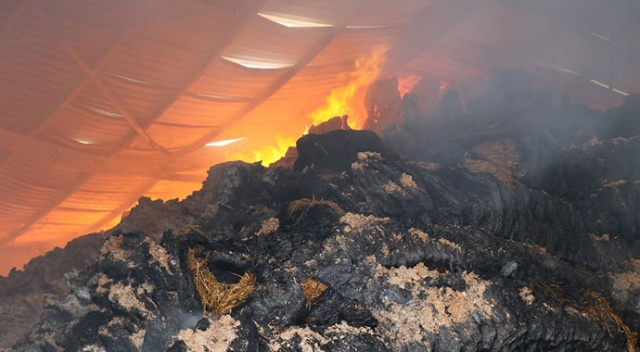 Aksaray'daki fabrika yangını 26. saatinde halen sürüyor
