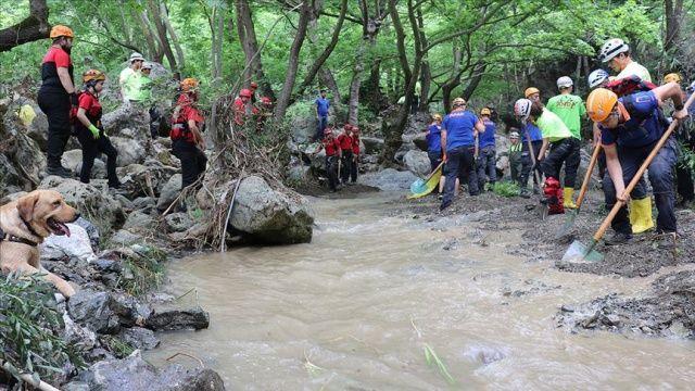 Bursa'da sel sularına kapılarak kaybolan Derya Bilen'in cansız bedeni bulundu