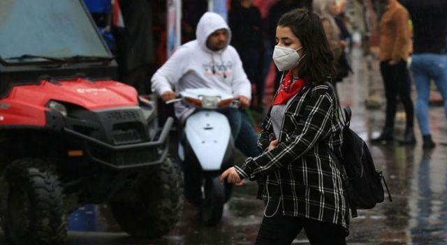 Covid-19 nedeniyle son 24 saatte Brezilya'da 904, Meksika'da 341 kişi öldü
