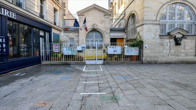 Fransa'da Covid-19'dan ölenlerin sayısı 28 bin 940'a yükseldi