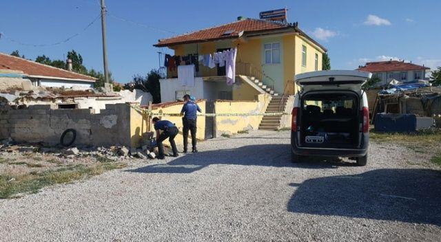 İki katlı müstakil ev karantinaya alındı