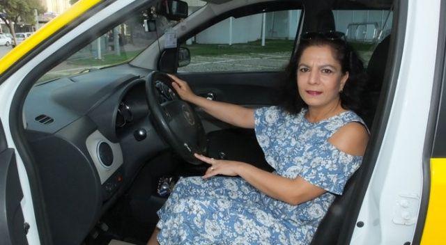 İlçenin ilk kadın taksicisi oldu