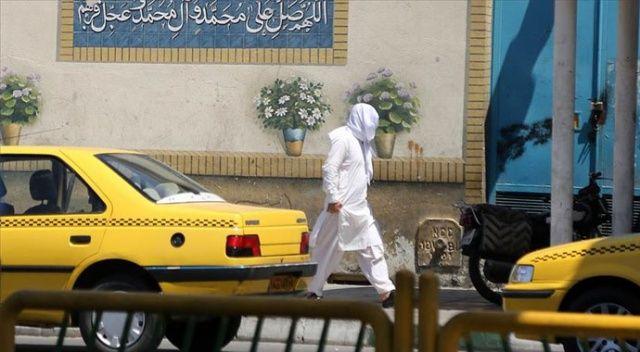 İran'ın Kum kentinde Kovid-19 üç kat arttı