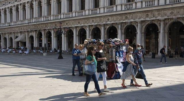 İtalya'da Covid-19'dan ölenlerin sayısı 34 bin 744'e yükseldi