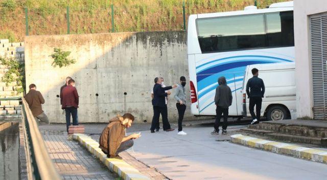 Korona testi sonucu beklemeyen kadının bindiği otobüs Bolu'da durduruldu