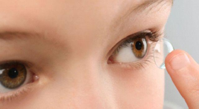 Koronavirüs sürecinde lens yerine  gözlük kullanın