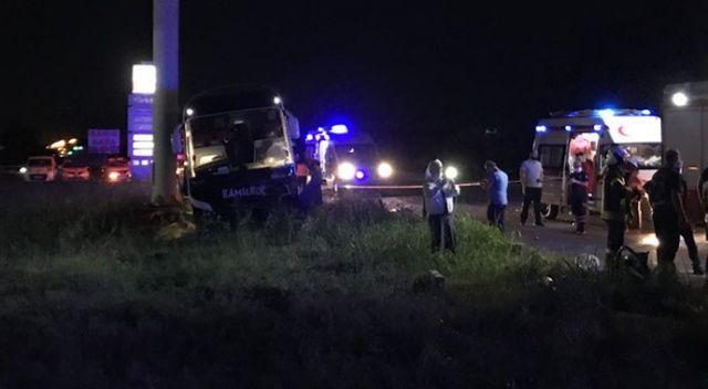 Manisa'da otobüs ile otomobil çarpıştı: 2 yaralı