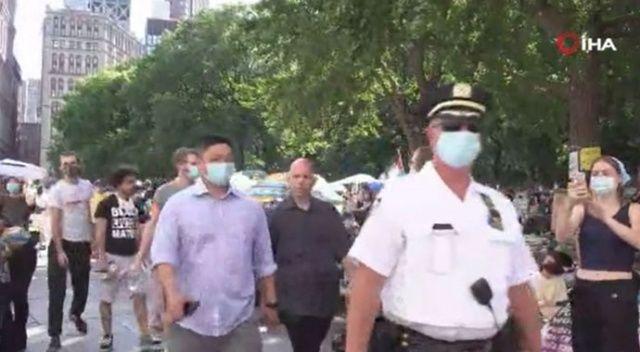 New York'ta Floyd gösterilerinde 'polisin bütçesini kes' talebi