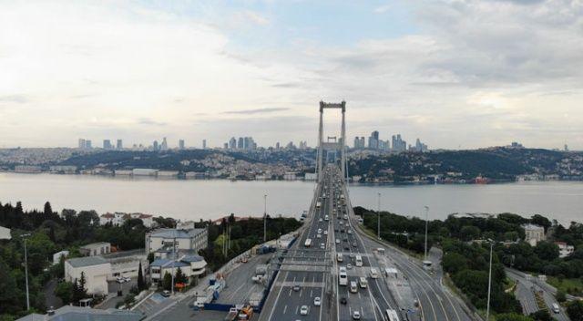 Normalleşme sabahında İstanbul'da yoğunluk